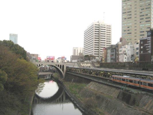 聖橋と御茶ノ水駅
